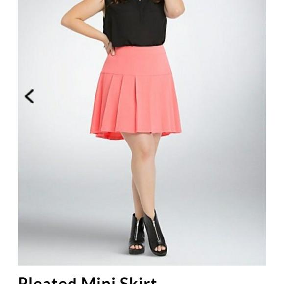 bda76fee89 torrid Skirts | Pleated Skirt | Poshmark
